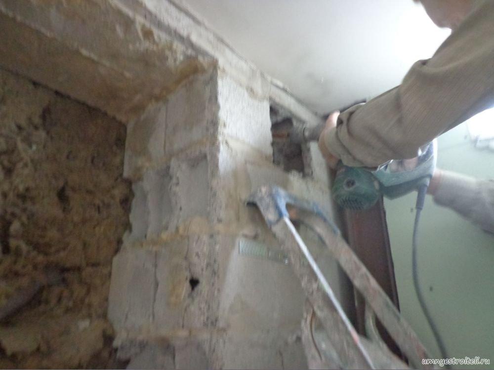 Как сделать отверстие в стене деревянного дома