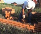 Как построить кирпичный забор
