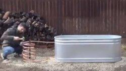 Как на даче сделать ванную с горячей водой так, что бы воду не греть? Есть способ.